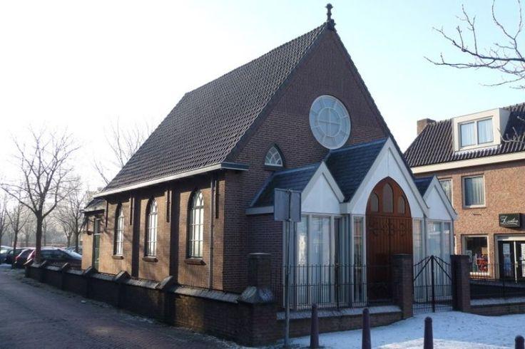 Christelijke Gereformeerde Kerk (Christian Reformed Church) aan de #Weesdijk in #Vianen.
