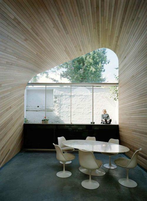 holzplatten decke wände esszimmer minimalistisch design originell