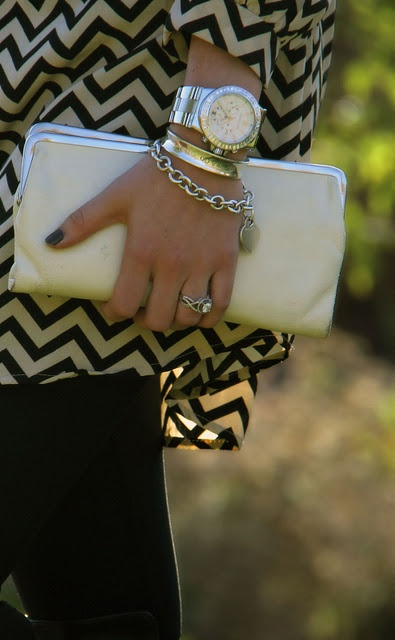 Love the accessories with this chevron topFashion Outfit, Jewelry Accessories Lingerie, Chevron Dresses, Style, Watches Bracelets, Clothing, Black White, Chevron Tops, Bracelets Watches