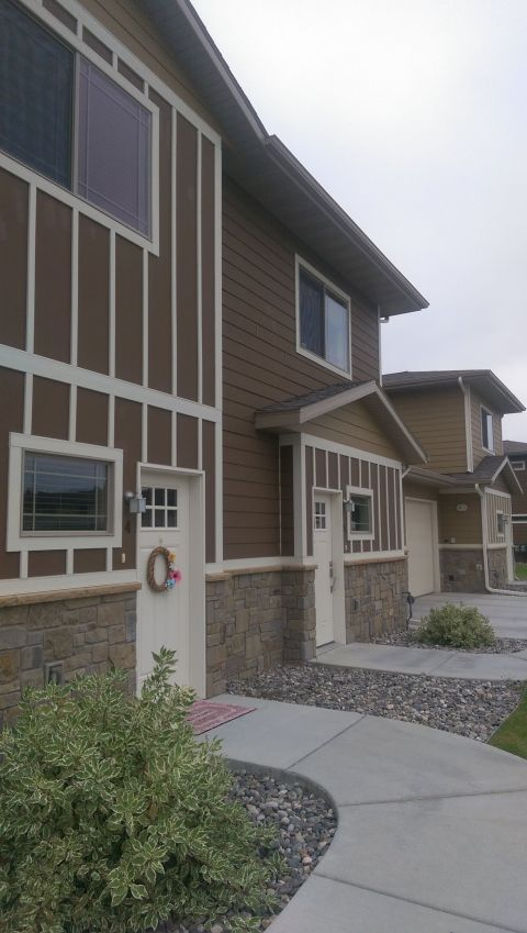 Trailhead Townhomes Special Offer Billings Mt Rentals 2811 This Unit Only 200 Off The Fir Renting A House Stainless Steel Fridge Apartments For Rent