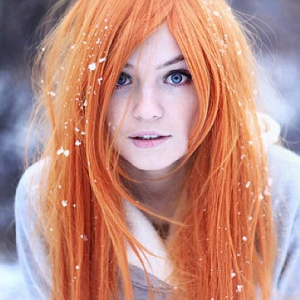 Bright orange hair, so damn cute! love the color just wish my skin was that light if so I'd pull it off
