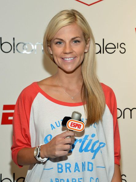 Samantha Ponder- NHL Christian Ponder's Wife (bio, wiki, photos)