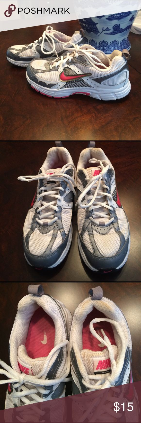 EUC! Girls Nike shoes, 5Y. Wonderful condition girls Nikes shoes. Very very clean. Little bit of markings on front of tongues and back heals. Size, 5Y. Nike Shoes Sneakers