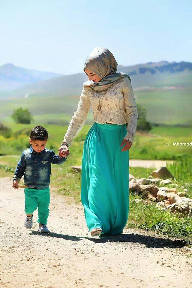 http://www.joymuslim.com/2016/04/24/go-travel-with-mom/
