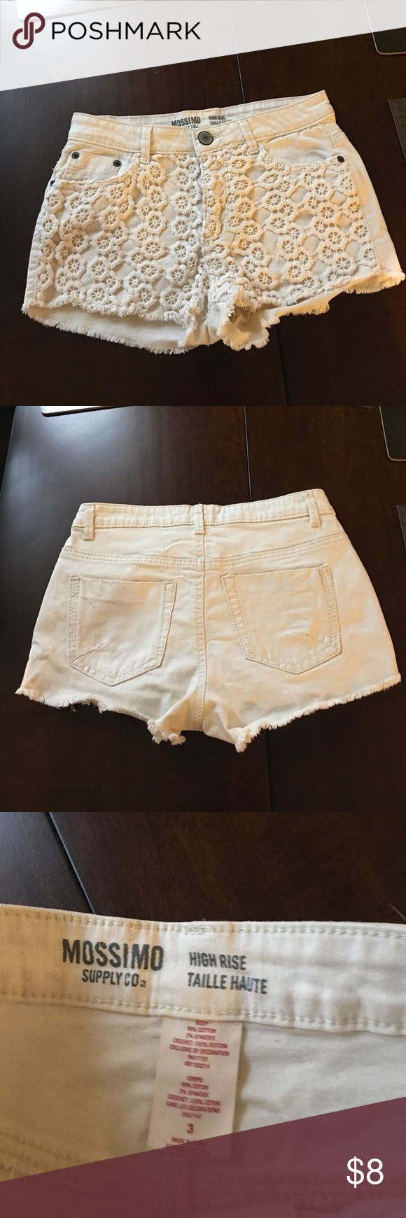 High Rise Mossimo Cream Shorts Size 3 High Rise Mossimo Cream Shorts Size 3 Mossimo Supply Co Shorts Jean Shorts