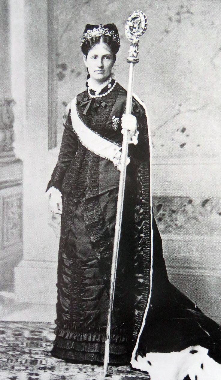 Archduchess Maria Antonia of Austria-Tuscany (1858 - 1883). She was the only daughter of Ferdinand IV, Grand Duke of Tuscany and his first wife Princess Anna of Saxony. Maria Antonia was abbess of the Theresia Convent in the Hradschin in Prague.. She dies age 25 of tuberculosis.