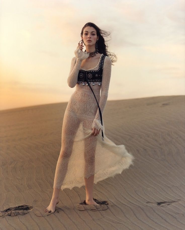 For Alexander McQueen's spring-summer 2017 campaign, the luxury brand sets its advertisements on Africa's northwest coast. Model Vittoria Ceretti poses against a backdrop of sand dunes in the Jamie Hawkesworth lensed images. Wearing dreamy gowns embellished with lace and leather bustiers, the brunette is a stunning vision. As McQueen describes Vittoria in the official release, …