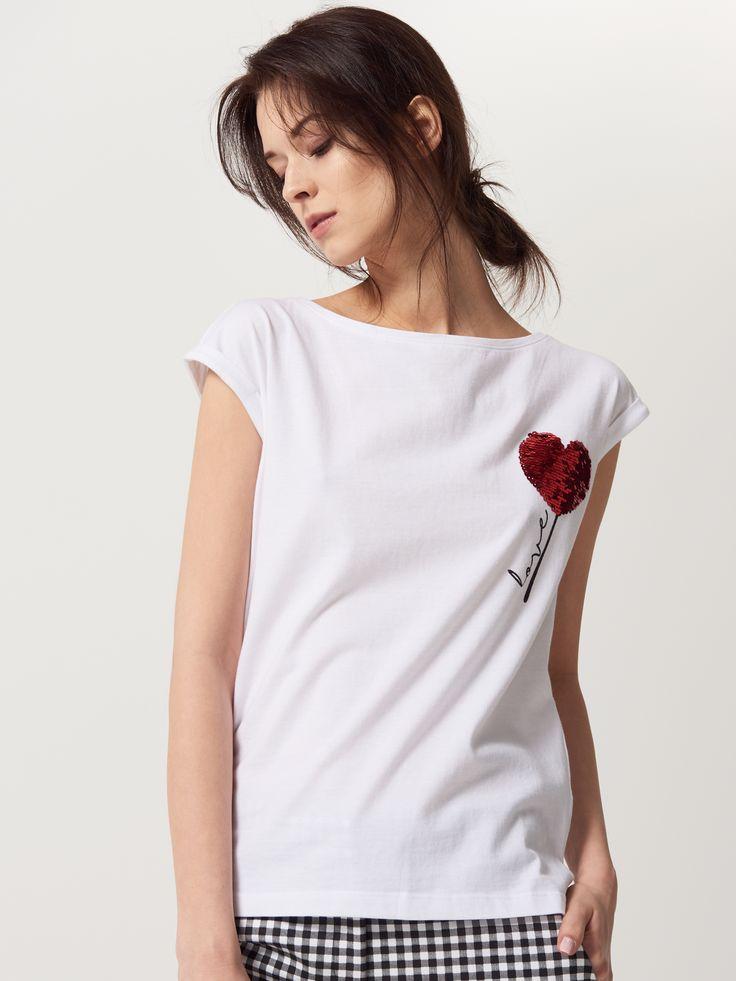 Biała koszulka z cekinową aplikacją, KOSZULKI, biaŁy, MOHITO
