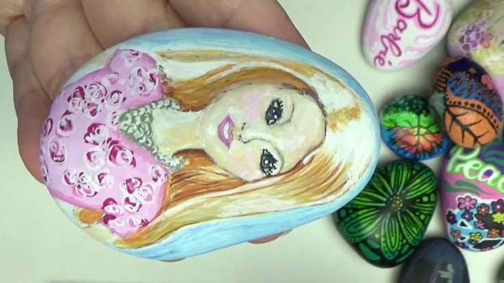 "Speed illustration of ""Barbie"" on a rock"