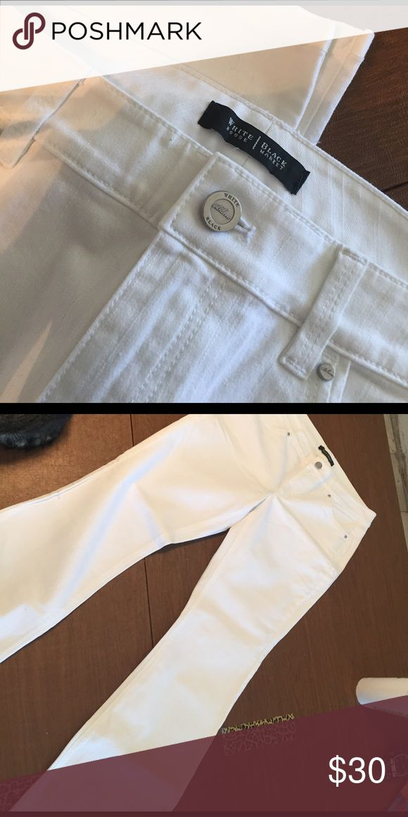 "White House Black Market white bootcut Jeans, NWT WHBM white boot cut jeans, Gorgeous! Blanc cut size 8 S is about a 31"" inseam. Detailed pockets, new n never worn. I just kept buying white but I mostly wear black! Regular price list as $88.00, Thanks! White House Black Market Jeans Boot Cut"