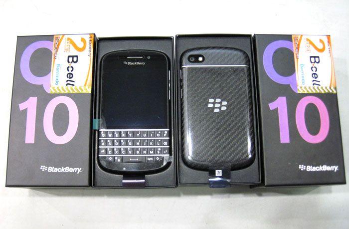 Blackberry Q10 Black Rp.5.300.000.-   Garansi 2-Tahun