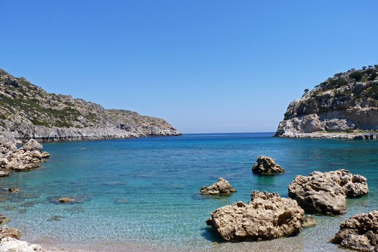 Anthony Quinn Bay, Faliraki, Rhodos    http://www.carltonleisure.com/holidays/city-breaks/greece/