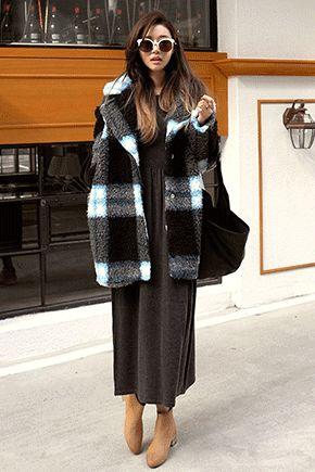 时尚毛绒格纹柔软大衣