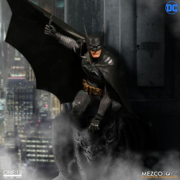 Up for preorder: Mezco One:12 Batman Ascending Knight!