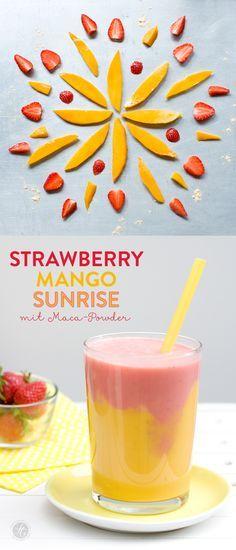 Strawberry-Mango-Sunrise Smoothie mit Maca Powder #smoothiemontag #feiertaeglich…
