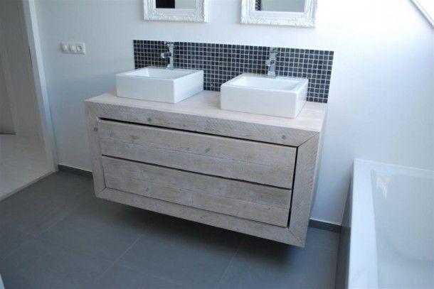 Leuk badkamer meubel van steigerhout Door DBoertien18
