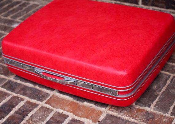 Large 26 HOT PINK Rolling Samsonite Sherbrook Suitcase - Excellent Condition - Its Got Wheels!!