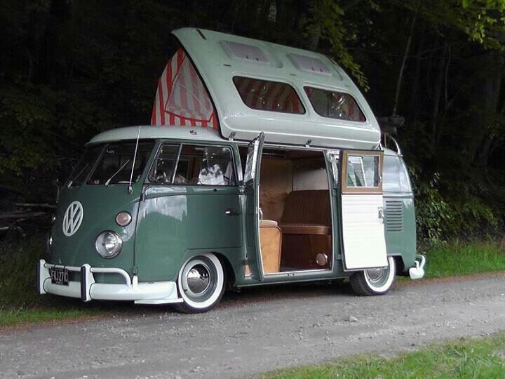 Beautiful split-window Dormobile conversion.  I'm guessing it's a '67.  Anyone recognize this pic?
