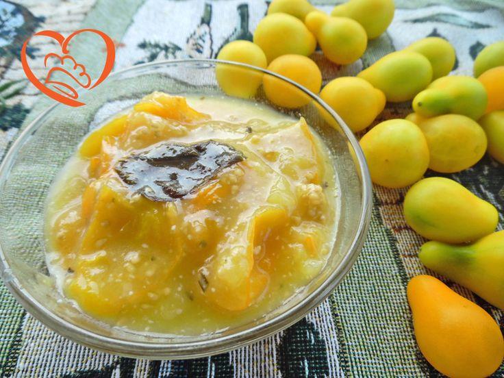 Sugo di pomodorini pera gialli http://www.cuocaperpassione.it/ricetta/c8381f4c-9f72-6375-b10c-ff0000780917/Sugo_di_pomodorini_pera_gialli