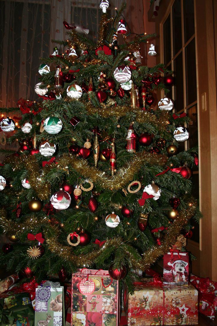 Germanic paganism amazing tabletop christmas trees decorating plan - Christmas Truckwhite Christmaschristmas Ideaschristmas Timechristmas Pictureschristmas Car Decorationschristmas Thingscountry Christmas Musicfunny Christmas