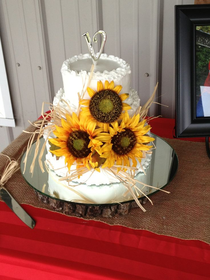 wedding cakes with sunflowers 54 best sunflower cakes images on sunflower 26123