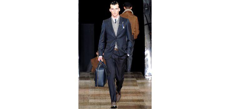 La semaine de la mode masculine à Paris aura lieu du mercredi 27 juin au dimanche 1er juillet 2012.