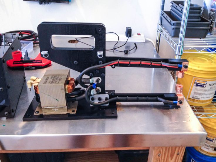 Long-time Maker Matthew Borgatti recently completed work on a homemade spot welder, built from a scrapped microwave and a few other parts.