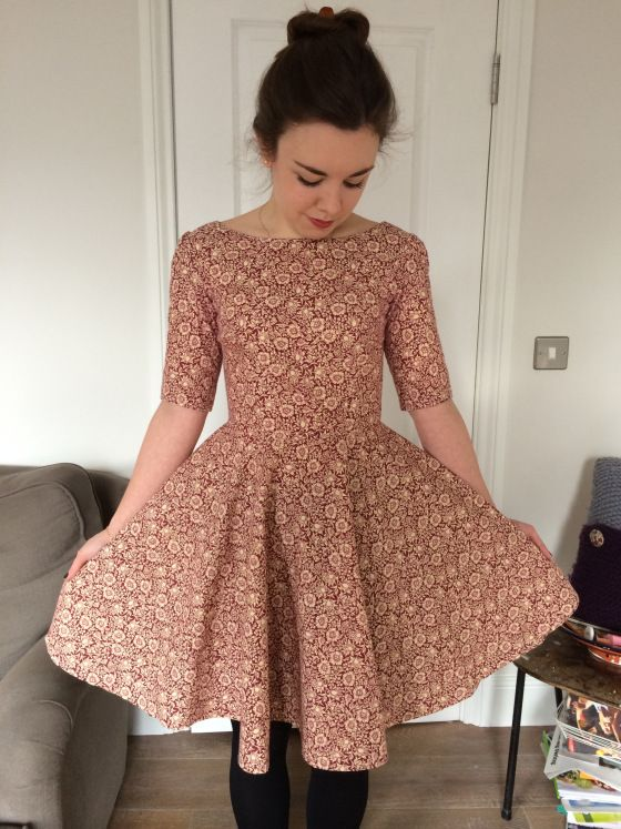 Pattern hack of Christine Hayne\'s Emery Dress (sleeves) and Sew Over ...