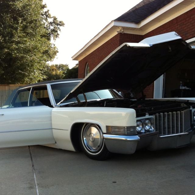1970 Cadillac Bagged.