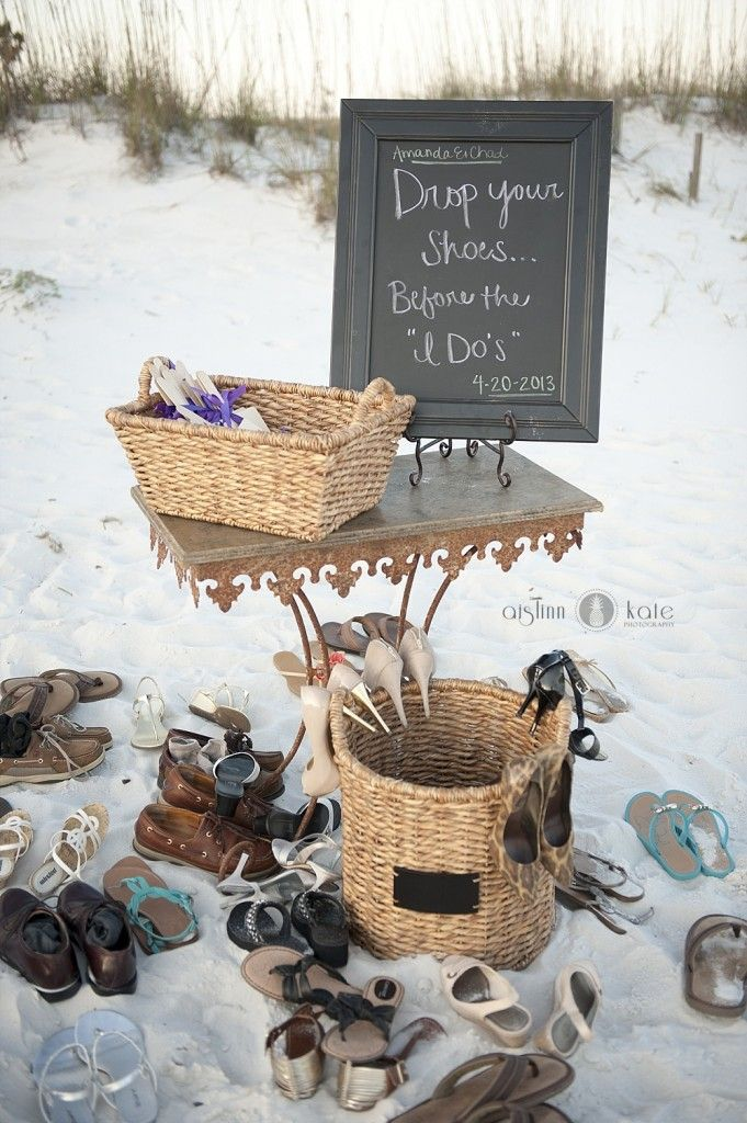Cute idea. It will be even better if they have a bench there for guest to sit on and some towels. | Photo by Aislinn Kate Photography