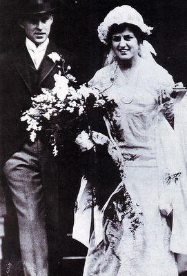 Joseph & Rose Kennedy at their 1914 wedding.