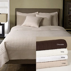 or this in chocolate so soft!White Quilt, Colors Schemes, Master Bedrooms, Overstock Com, 3 Piece Quilt, Bedrooms Decor, Beds Sets, Design Quilt, Quilt Sets