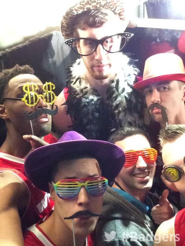 One of their final four selfies <3