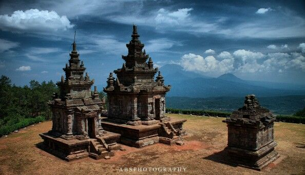 Gedong songo tample