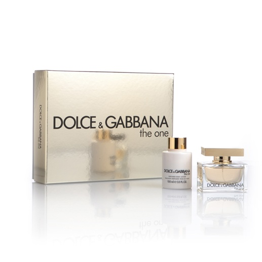 DOLCE & GABBANA  The One  Creato per la vera diva, è al contempo moderno e seducente, e richiama un tocco di classicità.