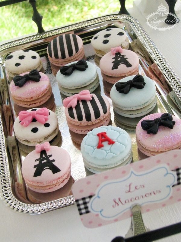 These macaroons are beautiful, I'd love them for décor purposes they are too pretty to devour.