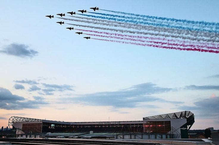 The Red Arrows flew over Glasgow