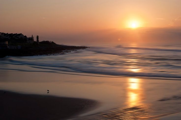 Uvongo Beach – South Africa A lot of beaches around the world are designated for couples and older crowds, but there are a handful of beaches around the world that are very family-friendly and Uvongo...