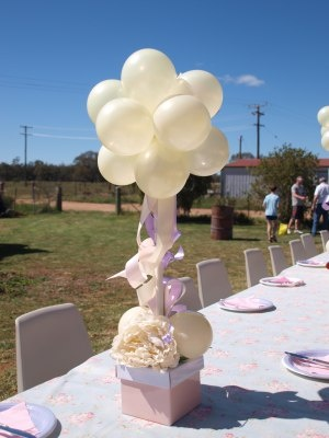 17 best images about balloon cloud 9 and balloon topiary for Silver cloud balloons