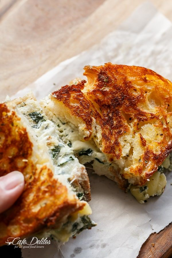 Spinach and Ricotta Grilled cheese pull-apart