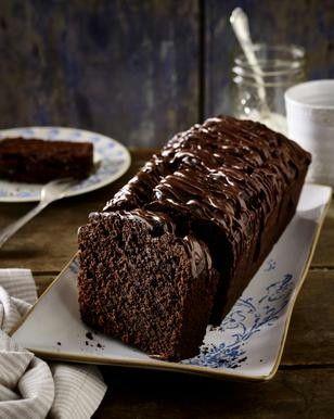 Rote Bete-Schokoladenkuchen Rezept: Scheiben,Bete,Sonnenblumenöl,Eier,Zucker,Mehl,Backpulver,Salz,Kakaopulver,Zartbitter-Schokolade,Form