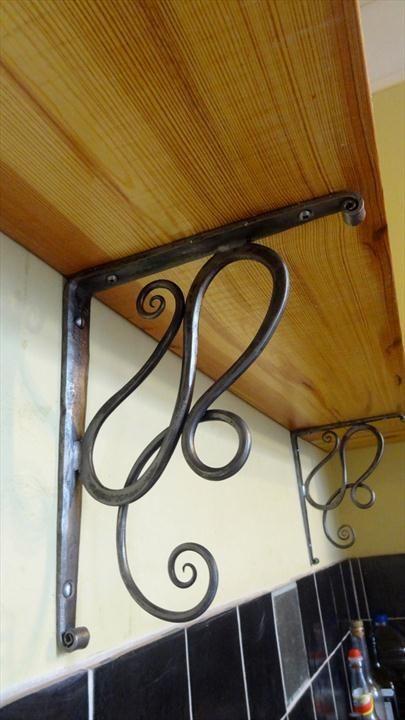 Blacksmith South Devon: Art Nouvous shelf brackets by Spencer Field Larcombe: Ironmongory