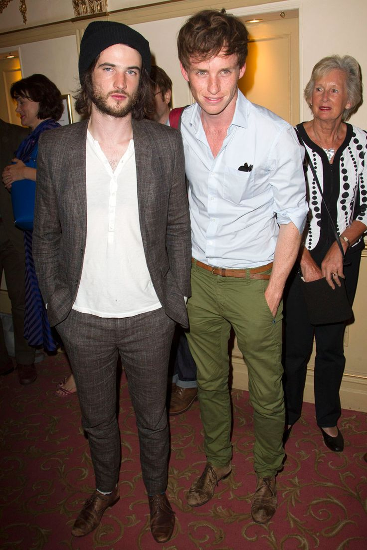 Eddie Redmayne Leaves Girlfriend At Home For Boys' Night With Tom Sturridge