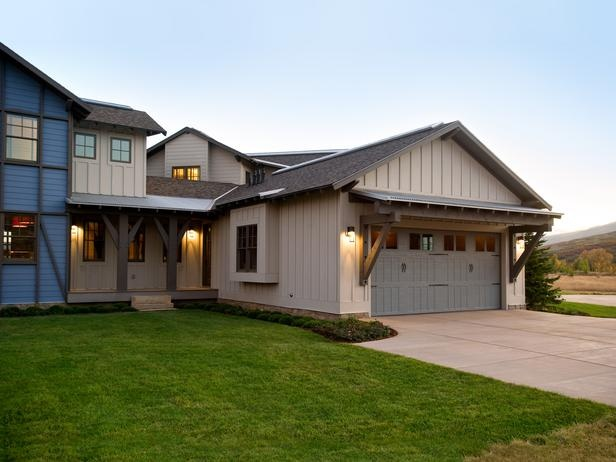17 best images about door awning ideas on pinterest for Ranch house exterior design ideas