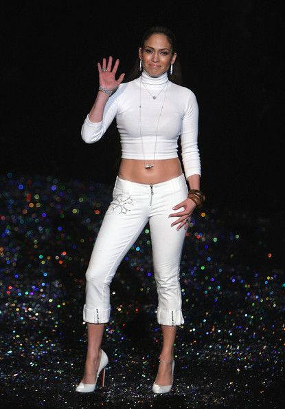 Jennifer Lopez - Jennifer Lopez Fall 2005 - Runway