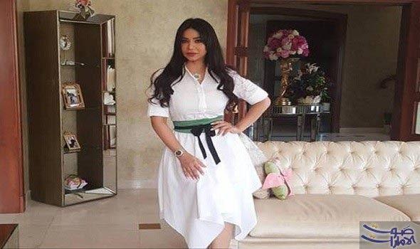 لجين عمران تشارك الجمهور صور منزلها الجديد نشرت الإعلامية لجين عمران عبر موقع التواصل الاجتماعي صور ا بسيطة لديكورات منزلها الجديد Fashion Skirts Maxi Skirt