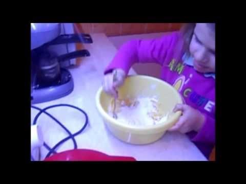 Mona konyhája - Készítsünk sajtgolyót