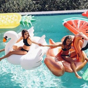 Summer feels are happeninggggg ☀️ Shop our amazing range of inflatables now via the link in our bio ☝️ a must have for this Summer ☀️ #peppermayo