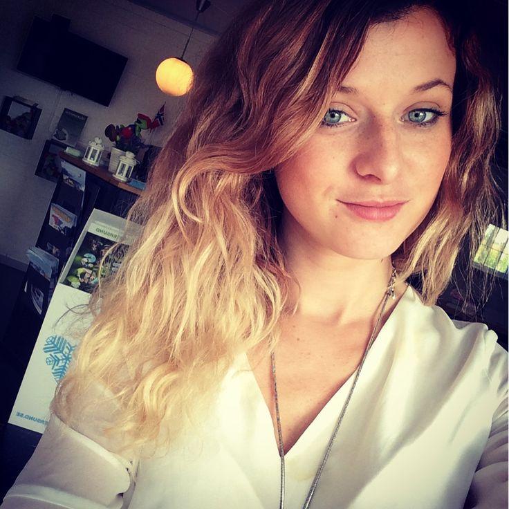 Curlyhair Ombre swedishgirl