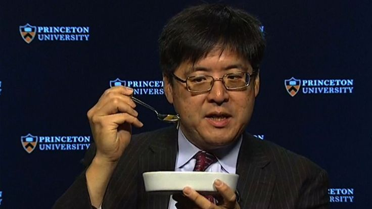 Poll expert Sam Wang said he would eat a bug if Donald Trump got more than 240 electoral votes. President-elect Donald Trump got 290 electoral votes and Wang held up his end of the deal.